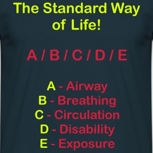 The Stadard Way of Life - ABCDE Shema - Männer T-Shirt