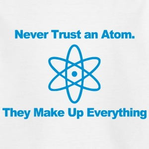 Trust no atom! T-shirts - Teenager-T-shirt