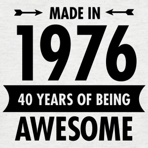 Made in 1976 - 40 Years Of Being Awesome T-shirts - T-shirt med v-ringning herr
