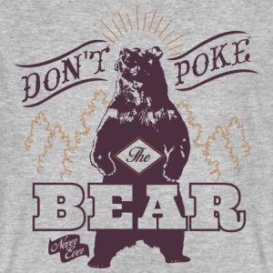 Animal Planet bear Men T-Shirt - Men's Organic T-shirt