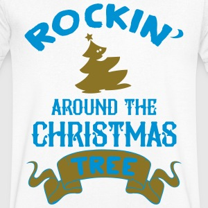 Rockin around the christmas tree T-shirts - Mannen T-shirt met V-hals
