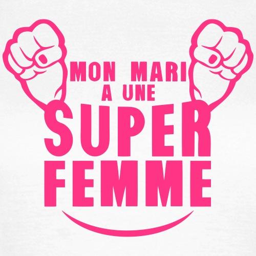 mon_mari_super_femme_poing_fermer