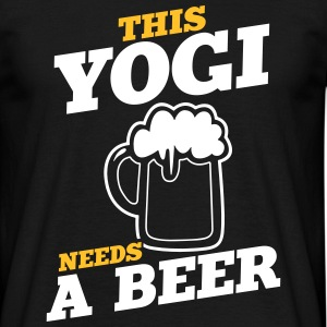this yogi needs a beer - Männer T-Shirt