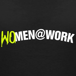 Women at work T-shirts - T-shirt med v-ringning dam