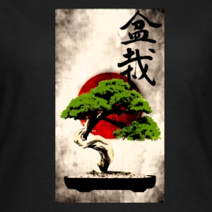 Bonsai against Japanese flag Art Print T-Shirts - Women's T-Shirt