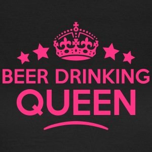beer drinking queen keep calm style WOMENS T-SHIRT - Women's T-Shirt