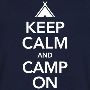Keep Calm And Camp On T-shirts - Mannen T-shirt met V-hals