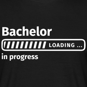 Bachelor in Progress T-Shirts - Männer T-Shirt