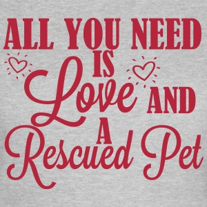 Love and a rescued pet T-shirts - Vrouwen T-shirt