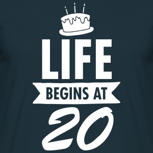 Life Begins At 20 T-shirts - Mannen T-shirt