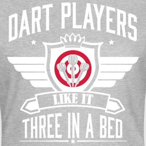 Dart players like it 3 in a bed Magliette - Maglietta da donna