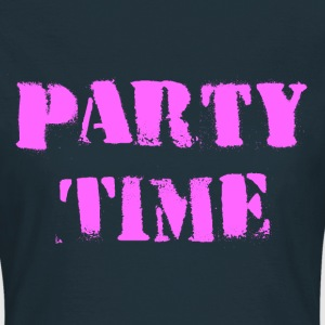 Party Time magenta T-Shirts - Women's T-Shirt