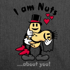 I'm nuts about you - peanuts newly weds (DDP) Taschen & Rucksäcke - Schultertasche aus Recycling-Material