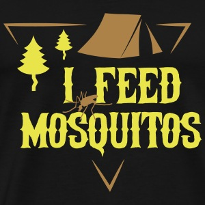 Camping: I feed mosquitos T-shirts - Mannen Premium T-shirt