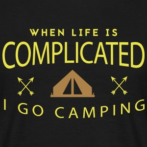 Camping: when life is complicated Camisetas - Camiseta hombre