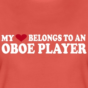 MY HEART BELONGS TO AN OBOE PLAYER Camisetas - Camiseta premium mujer