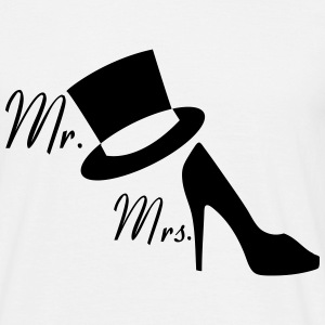 mr_mrs33 T-Shirts - Männer T-Shirt