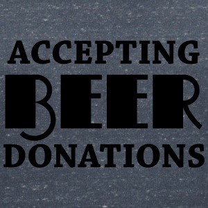 Accepting beer donations T-shirts - T-shirt med v-ringning dam