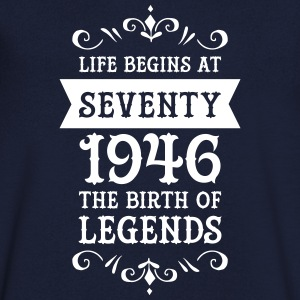 Life Begins At Seventy - 1946 The Birth Of Legends Tee shirts - T-shirt Homme col V