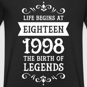 Life Begins At Eighteen-1998 The Birth Of Legends Magliette - Maglietta da uomo con scollo a V