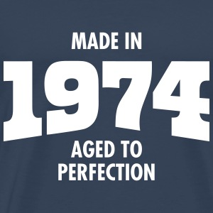 Made In 1974 - Aged To Perfection T-shirts - Mannen Premium T-shirt
