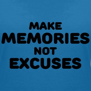 Make memories, not mistakes T-Shirts - Frauen T-Shirt mit V-Ausschnitt