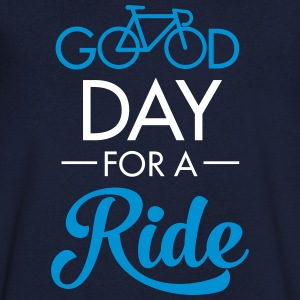 Good Day For A Ride T-shirts - Mannen T-shirt met V-hals