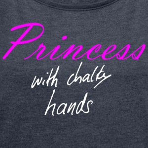 Princess with chalky hands T-shirts - Vrouwen T-shirt met opgerolde mouwen