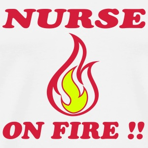 Nurse on fire !! T-shirts - Premium-T-shirt herr