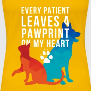 Vet-pawprints on my heart T-Shirts - Women's Premium T-Shirt