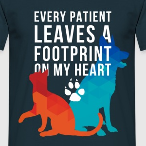 Footprint on my heart T-Shirts - Men's T-Shirt