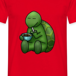 Turtle eating pudding - Men's T-Shirt