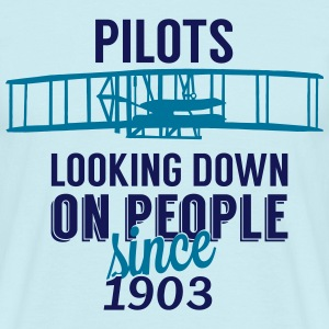 Pilots looking down T-Shirts - Men's T-Shirt