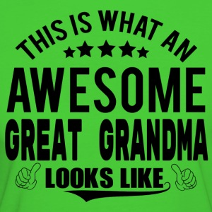 THIS IS WHAT AN AWESOME GREAT GRANDMA LOOKS LIKE T-Shirts - Women's Organic T-shirt