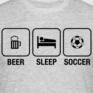 Daily Routine: Beer, Sleep, Soccer T-skjorter - T-skjorte for menn