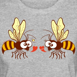 Bees expressing opposite points of view about love T-Shirts - Women's Organic T-shirt