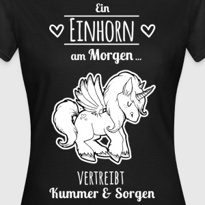 White Magic Unicorn T-Shirts - Frauen T-Shirt
