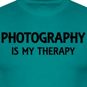 Photography is my therapy Tee shirts - T-shirt Homme