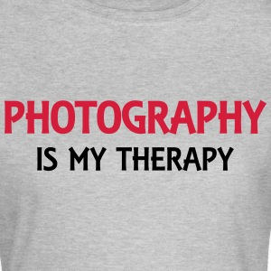 Photography is my therapy Tee shirts - T-shirt Femme