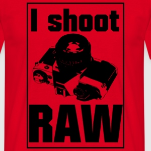 I shoot RAW - Männer T-Shirt