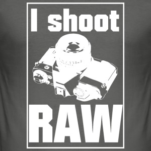 I shoot RAW - Männer Slim Fit T-Shirt