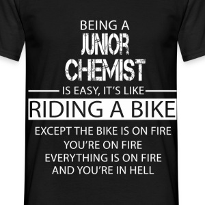 Junior Chemist T-Shirts - Men's T-Shirt