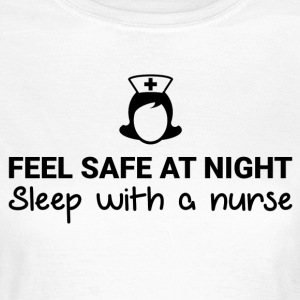 Feel safe at night! - Vrouwen T-shirt