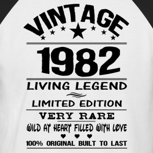 VINTAGE 1982-LIVING LEGEND T-Shirts - Men's Baseball T-Shirt