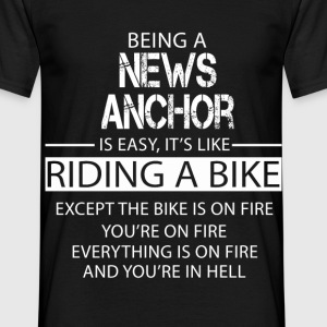 News Anchor T-Shirts - Men's T-Shirt