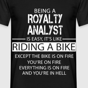 Royalty Analyst T-Shirts - Men's T-Shirt