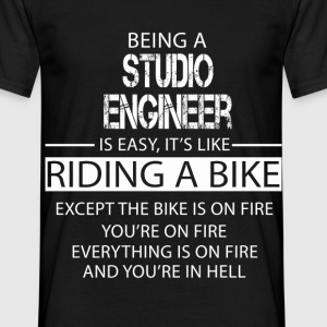 Studio Engineer T-Shirts - Men's T-Shirt