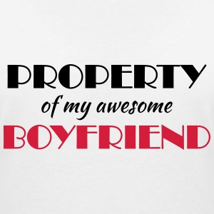 Property of my awesome boyfriend T-shirts - Vrouwen T-shirt met V-hals