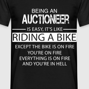 Auctioneer T-Shirts - Men's T-Shirt