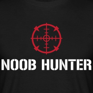 Noob Hunter - Men's T-Shirt